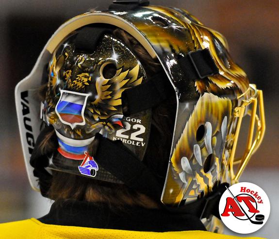 Боевые раскраски шлемов известных вратарей