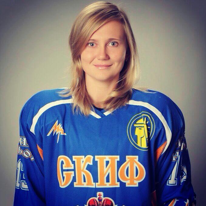 Тренер по хоккею Надежда Ширяева