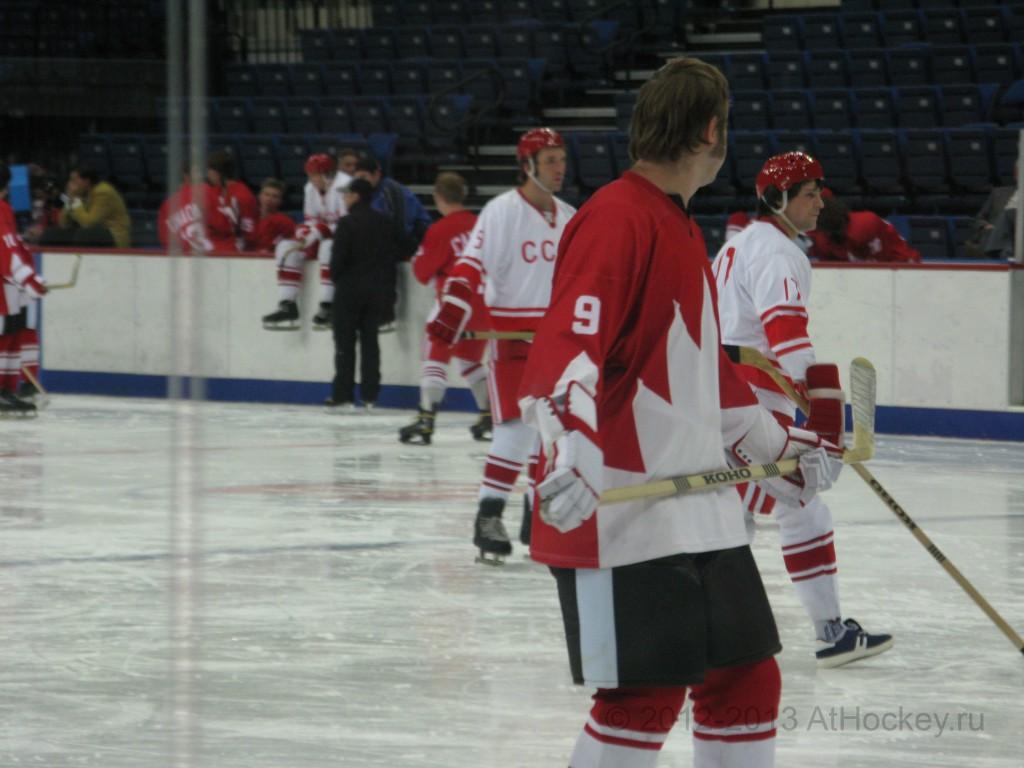 hockey-_0003_© 2012-2013 AtHockey.ru копия 2