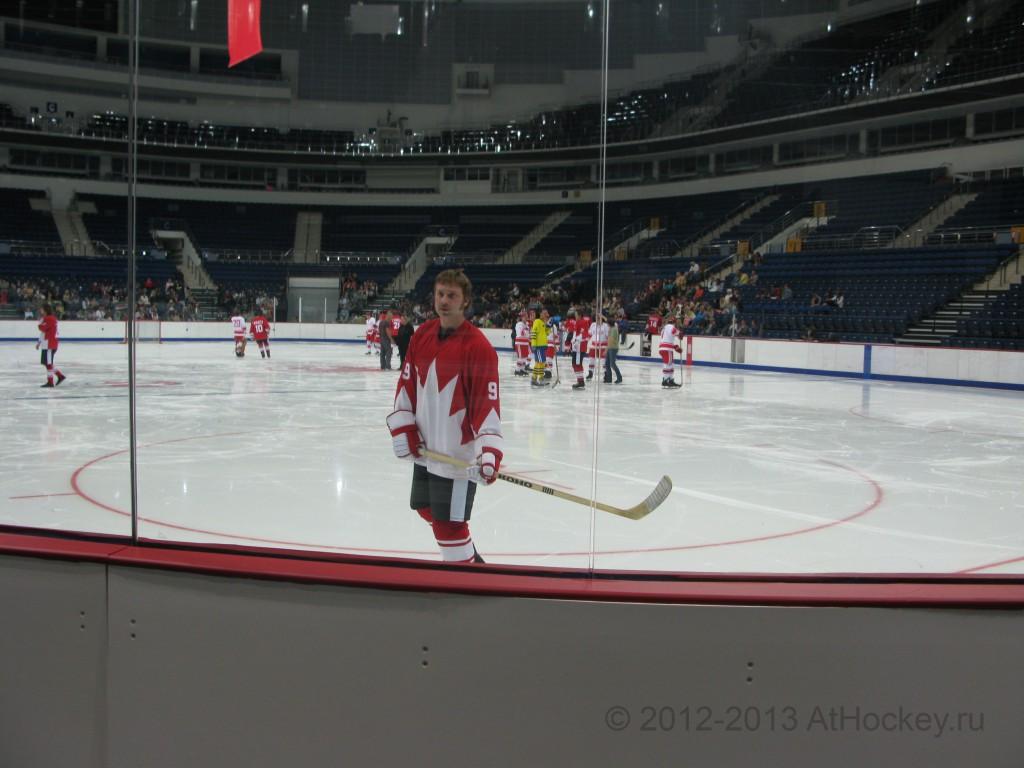hockey-_0005_© 2012-2013 AtHockey.ru