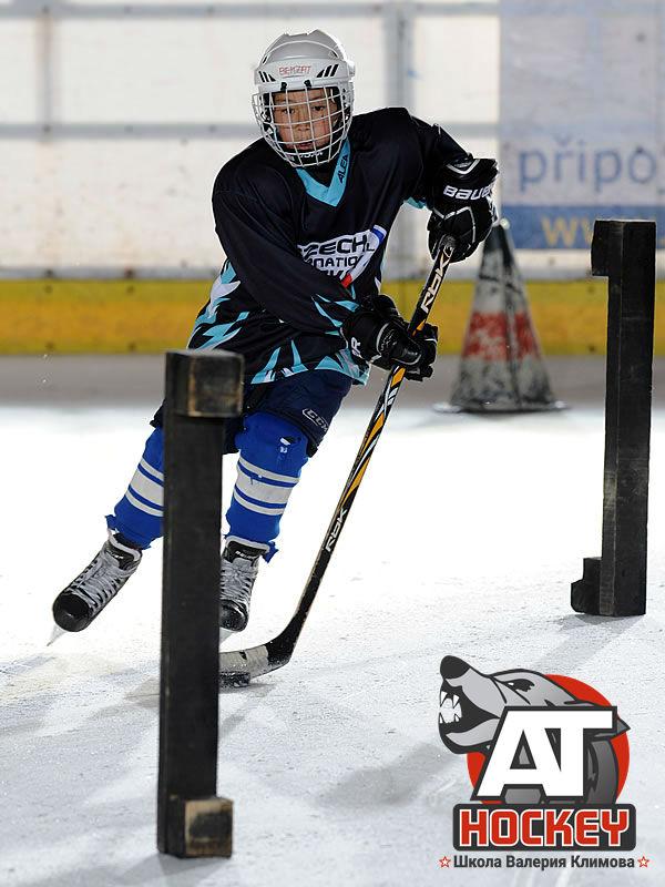 Упражнения на льду в хоккее